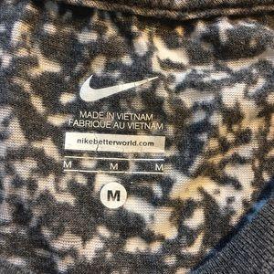 Nike Tops - NIKE Oregon Ducks Women's Breathable Top (Thin)